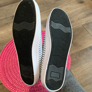 American Eagle By Payless Shoes - American Eagle Gia Striped Slip Ons Size 8.5